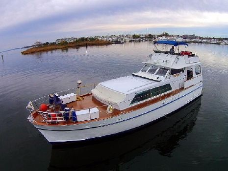 1970 Matthews 53 Flush Deck Motor Yacht Matthews 53 Port Forward Profile