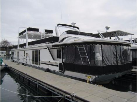 1999 Fantasy Houseboat 17x92 Triple Decker