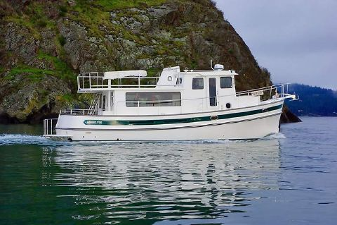 2016 Nordic Tugs PILOTHOUSE TRAWLER 1 Profile Stb underway.JPG