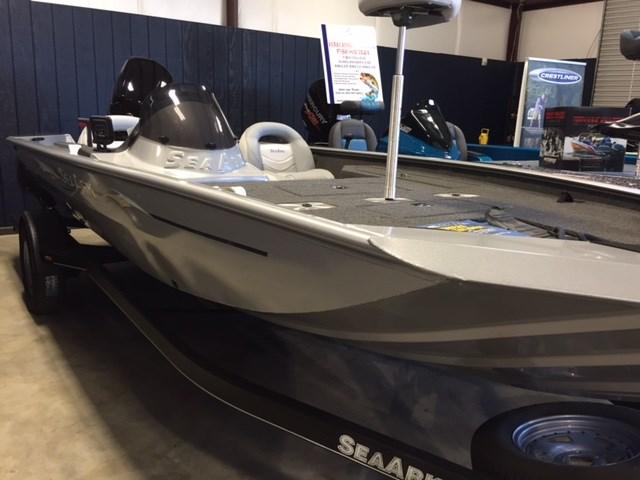 2015 SEAARK BOATS Stealth 190