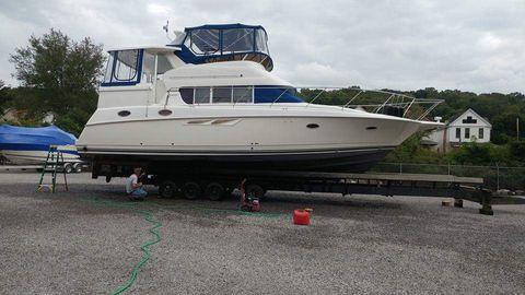 1998 Silverton 402 Motor Yacht