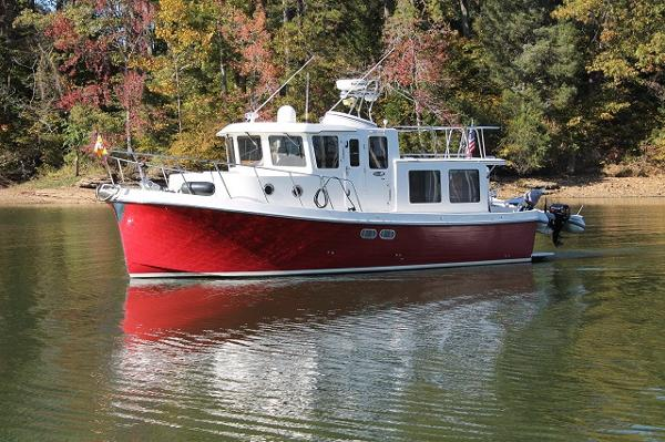 2007 American Tug Raised Pilothouse Trawler 34' American Tug port forward profile photo1