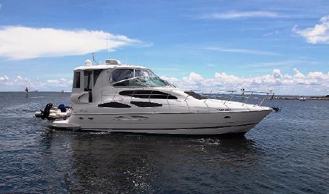2004 Cruisers 455 Express Motor Yacht Profile
