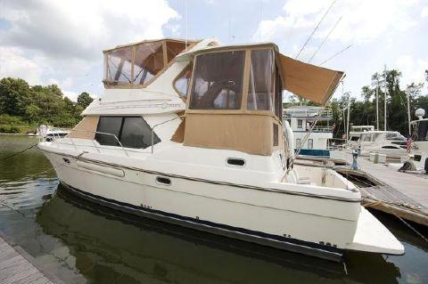 1999 Bayliner 4087 Aft Cabin Motoryacht Profile