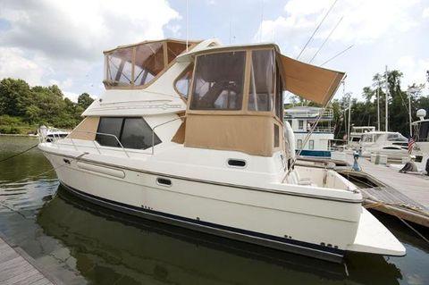 1999 Bayliner 4087 Aft Cabin Motoryacht