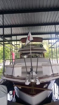 1980 Trojan 44 Motor Yacht, Trojan 44 MY
