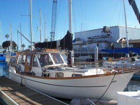 1985 Nauticat 33 Docked