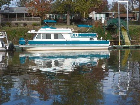 1996 Gibson Cabin Yacht