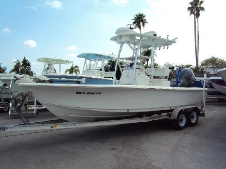 2012 Sea Hunt 22 Bx