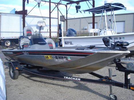 2010 Bass Tracker Pro 170