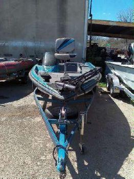 1995 Javelin Boats 379T