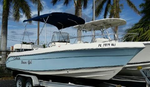 2007 COBIA BOATS 214 Center Console