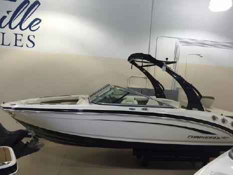 2016 Chaparral 226 S SI