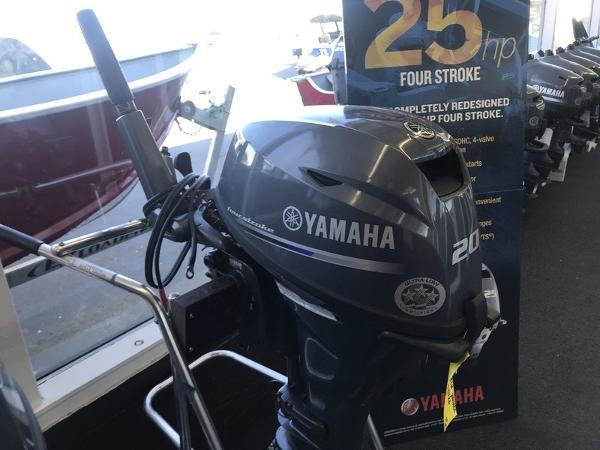 2015 Yamaha F20