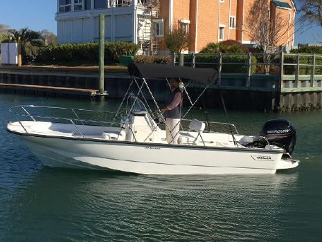 2017 Boston Whaler 190 Montauk