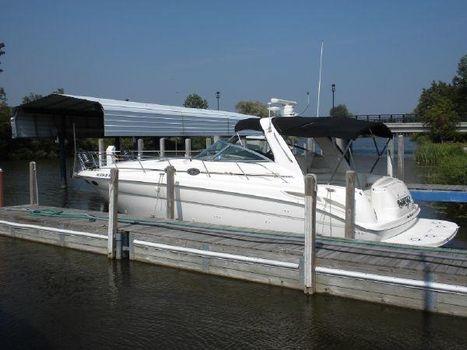 2001 Sea Ray 380 Sundancer At Dock