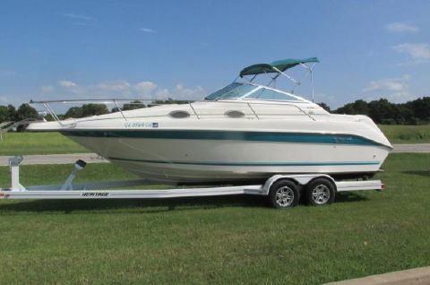 1995 Sea Ray 250 Cuddy