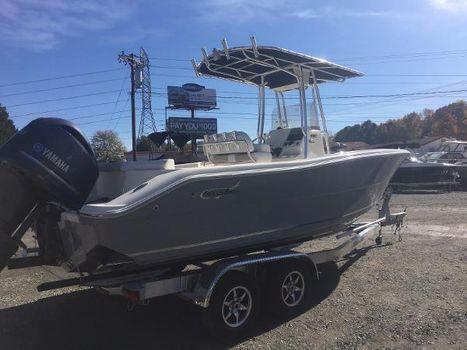 2018 BULLS BAY 230 Center Console Off Shore