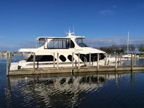 2002 Blue Water 5800 Millenium