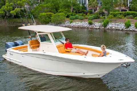 2016 Scout Boats 300 LXF