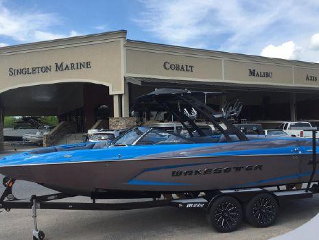 2016 Malibu Boats LLC Wakesetter 24 MXZ