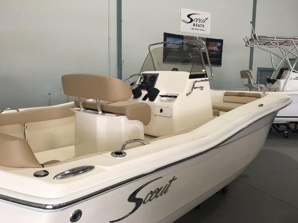 2017 Scout 195 Sportfish