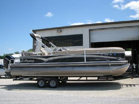 2013 Sun Tracker Regency Party Barge 250 XP3