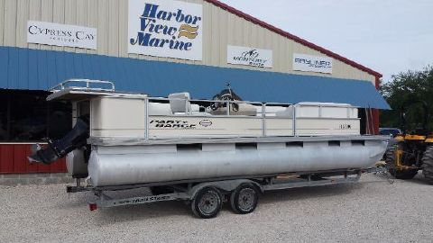2003 Sun Tracker Party Barge 24 DLX