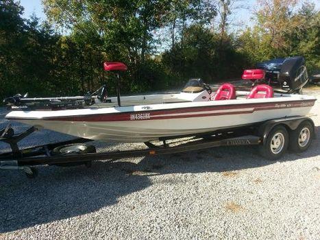 2000 Champion Boats 203 Elite