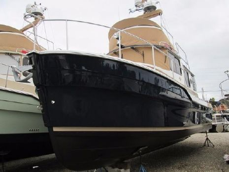 2015 Ranger Tugs R-31 CB