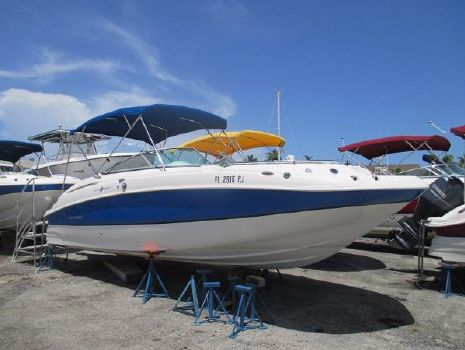 2012 Hurricane 2400 sun deck