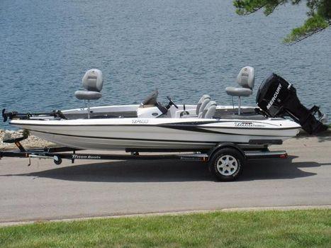 2007 Triton Tr-186