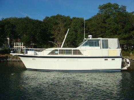 1971 Hatteras Double Cabin Motoryacht 43' Hatteras port profile