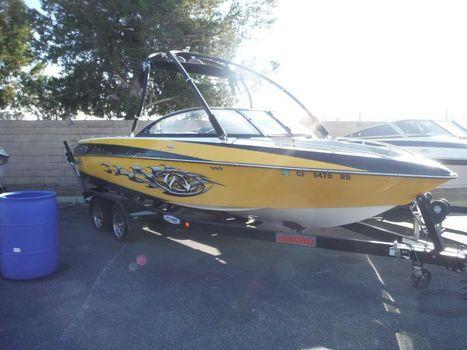 2006 Malibu Boats LLC Wakesetter Series 23 XTi