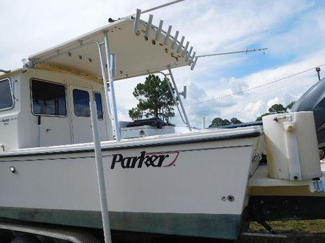 2005 Parker 2830 Extended Cabin