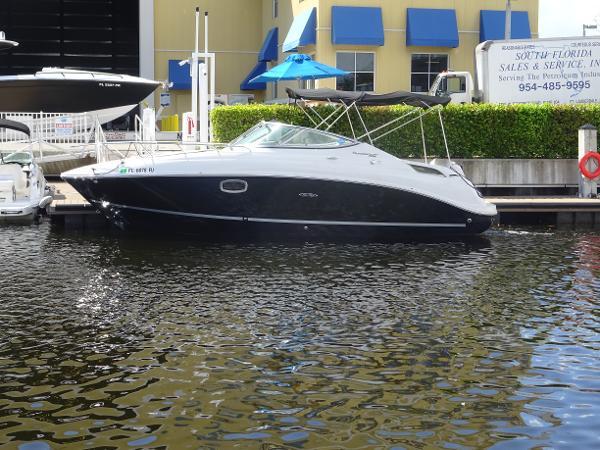 2011 Sea Ray 260 Sundancer