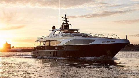2018 Majesty Yachts Majesty 122 Manufacturer Provided Image