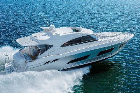 2018 Riviera 4800 Sport Yacht
