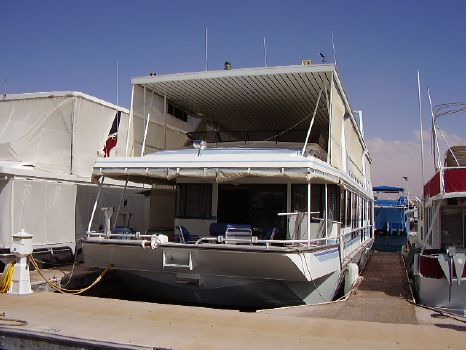 1995 Stardust Custom Widebody Houseboat