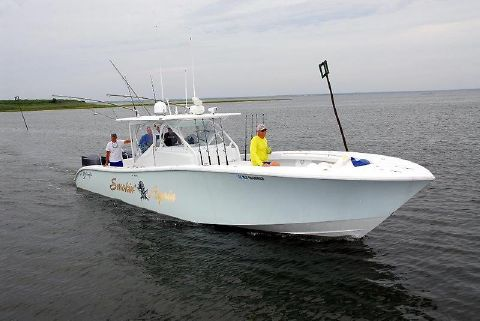 2013 Yellowfin 42 Center Console Profile