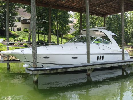 2007 Cruisers Yachts 420 Express Photo 1