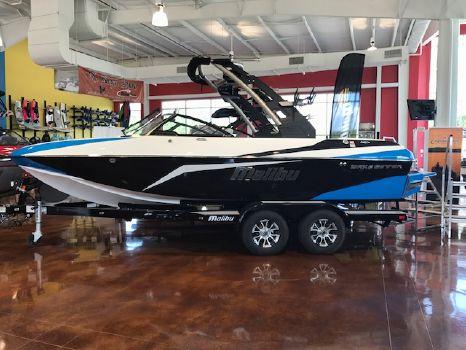 2017 Malibu Boats LLC Wakesetter 21 VLX