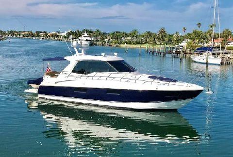 2012 Cruisers Yachts 480 Cantius Profile