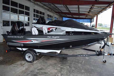 2015 Smoker-craft 161PROANGLER