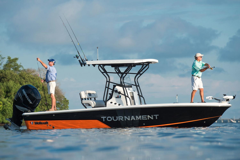 2016 Wellcraft 241 Fisherman