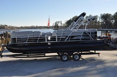 2015 Encore Boat Builders Bentley Elite 253