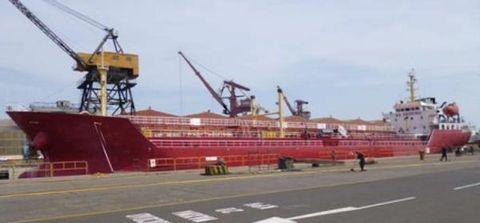 2010 Tanker Double Hull Oil Tanker