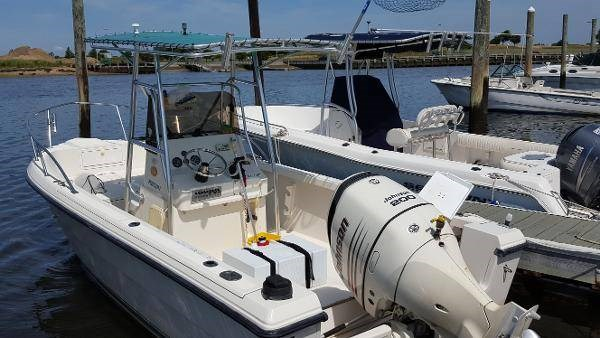 1995 Pursuit 2150 21 Foot 1995 Pursuit Motor Boat In