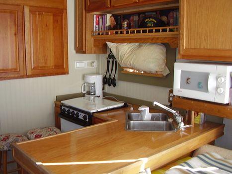 1968 Boatel Houseboat