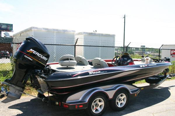 2005 Triton TR21X